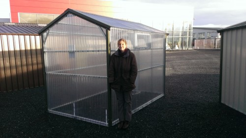 Greenhouse is 10' x 7'